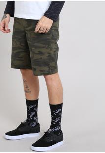 Bermuda Masculina Estampada Camuflada Com Bolsos Verde Militar