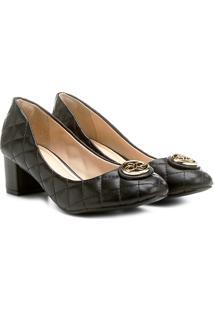 Scarpin Shoestock Matelassê Medalha - Feminino-Preto