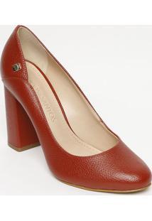 d08e736b4 Privalia. Sapato Couro Com Salto Bico Arredondado Tradicional Feminino  Publish Vermelho Tom Escuro ...