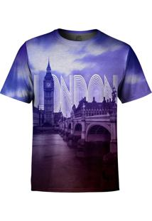 Camiseta Estampada Over Fame Londres Roxo
