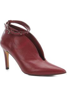 Scarpin Couro Shoestock Salto Alto Recorte Tira - Feminino-Vinho