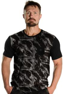 Camiseta Black Flag Soldado Camuflado Urbano