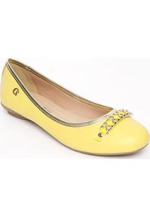 Sapatilha Em Couro Com Fivela - Amarela & Douradacarmen Steffens