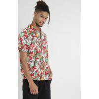 69f773934f254 Camisa Masculina Manga Curta Estampada Floral Tropical Vermelha