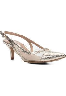 Scarpin Shoestock Metalizado Salto Baixo Tela - Feminino-Dourado
