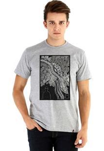 Camiseta Ouroboros Manga Curta O Homem E O Gato Masculina - Masculino