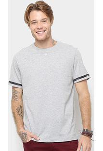 Camiseta Cavalera Detalhe Fita Masculina - Masculino-Mescla