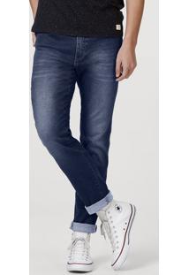 Calça Jeans Masculina Na Modelagem Slim Com Detalhes Na Lavação