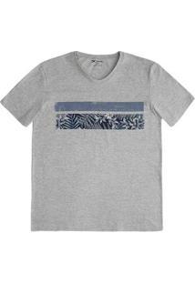 Camiseta Masculina Gola V Em Malha De Algodão Estampada