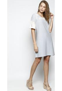 Vestido Listrado Com Recorte Em Renda- Azul & Off Whitedbz Jeans