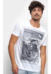 Camiseta Acostamento Maltese Island Masculina - Masculino-Branco