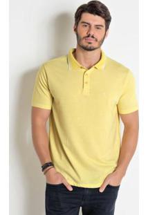 Camisa Polo Amarela Com Detalhe Em Branco