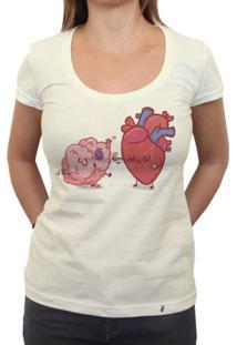 Razão Vs Emoção - Camiseta Clássica Feminina