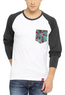 Camiseta Manga Longa Wevans Bolso Aplique Old School Branca
