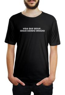 Camiseta Hunter Segue Dando Errado Preta