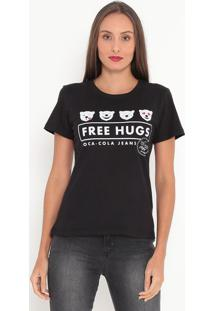 "Camiseta ""Free Hugs""- Preta & Branca- Coca-Colacoca-Cola"