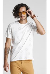 Camiseta Folhas Tracejadas
