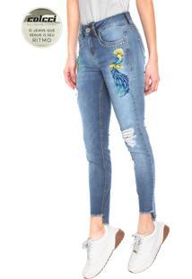 09d262425 ... Calça Jeans Colcci Skinny Cory Bordado Azul