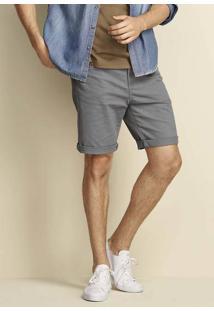 Bermuda Masculina Básica Em Sarja E Modelagem Regular