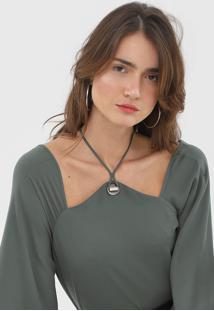 Blusa Morena Rosa Assimétrica Verde