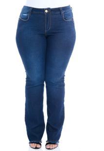 Calça Jeans Plus Size Manifesto Flare Barra Desfiada