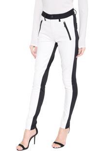 Calça Calvin Klein Jeans Slim Recorte Resinada Off-White/Preta