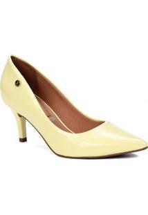 adfb8d4dd Lojas Pompeia. Sapato Scarpin Feminino Vizzano Amarelo