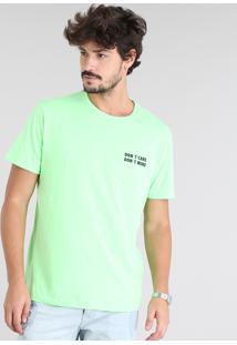 "Camiseta Masculina ""Don'T Care Don'T Mind"" Manga Curta Gola Careca Verde Neon"