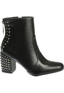 Ankle Boot Preta Com Detalhes De Tachas