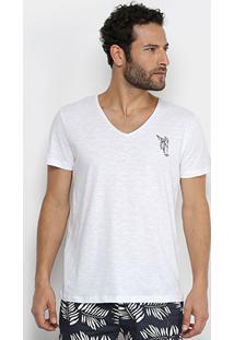 Camiseta Triton Estampa Masculina - Masculino-Branco