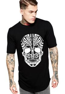 Camiseta Criativa Urbana Long Line Oversized Caveira Tribal - Masculino-Preto