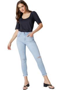 Calça Jeans Skinny Com Rasgo No Joelho