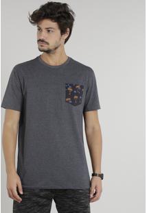 Camiseta Masculina Com Bolso Estampado De Coqueiros Manga Curta Gola Careca Cinza Mescla Escuro
