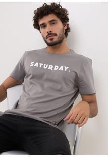 Camiseta Saturday