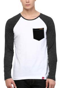 Camiseta Manga Longa Wevans Bolso Aplique Textura Preto Branca