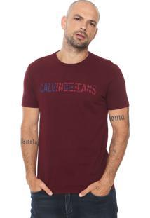 Camiseta Calvin Klein Jeans Bandeira Vinho