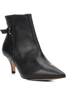 Bota Cano Curto Shoestock Salto Fino Matelassê Feminina - Feminino-Preto