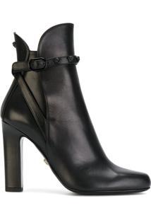 Versace Ankle Boot Com Detalhe 'Medusa' - Preto