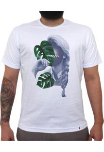 Floating In Space - Camiseta Clássica Masculina