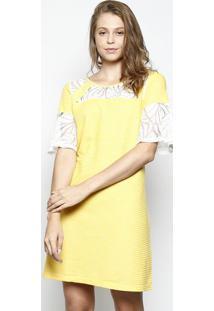 Vestido Listrado Com Recorte Em Renda- Amarelo & Off Whidbz Jeans