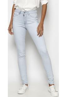 Jeans Skinny Com Pesponto & Bordado - Azul Claro- Tutuareg