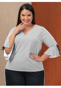 Blusa Listrada Com Recortes Amplos Plus Size