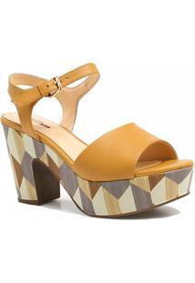 Sandália Zariff Shoes Plataforma Fivela - Feminino-Caramelo