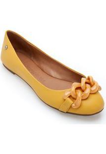 Sapatilha Bico Redondo Detalhe Corrente Amarelo