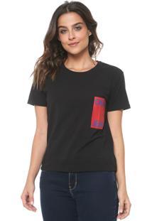 Camiseta Calvin Klein Jeans Floral Preta