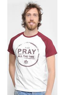 Camiseta Tigs Raglan Pray Masculina - Masculino-Branco+Vinho