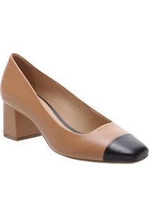 Sapato Tradicional Em Couro Com Recorte- Marrom & Preto
