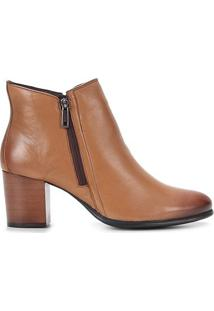 Bota Couro Shoestock Cano Curto Zíper Feminina - Feminino