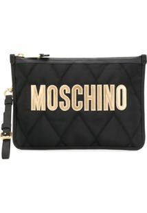 Moschino Clutch Matelassê Com Logo - Preto