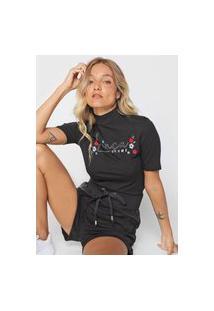 Camiseta Lança Perfume Bordada Preta